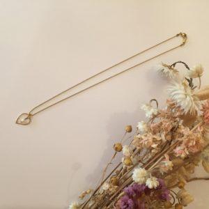 Collier goutte en laiton et perle en porcelaine  – Carole Péron